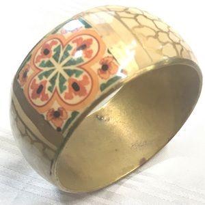 Vintage floral brass bangle u-42